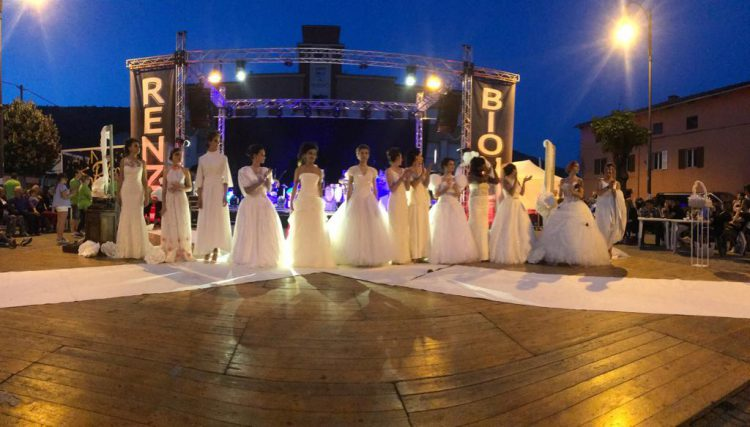 Evento Sfilata Abiti da Sposa Festa con maxi schermo Juve Barcellona con Associazione Pro Loco Bollengo