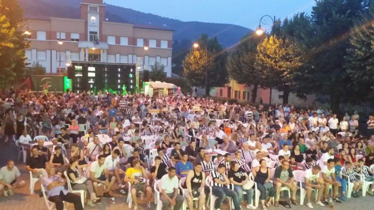 Festa con maxi schermo Juve Barcellona con Associazione Pro Loco Bollengo